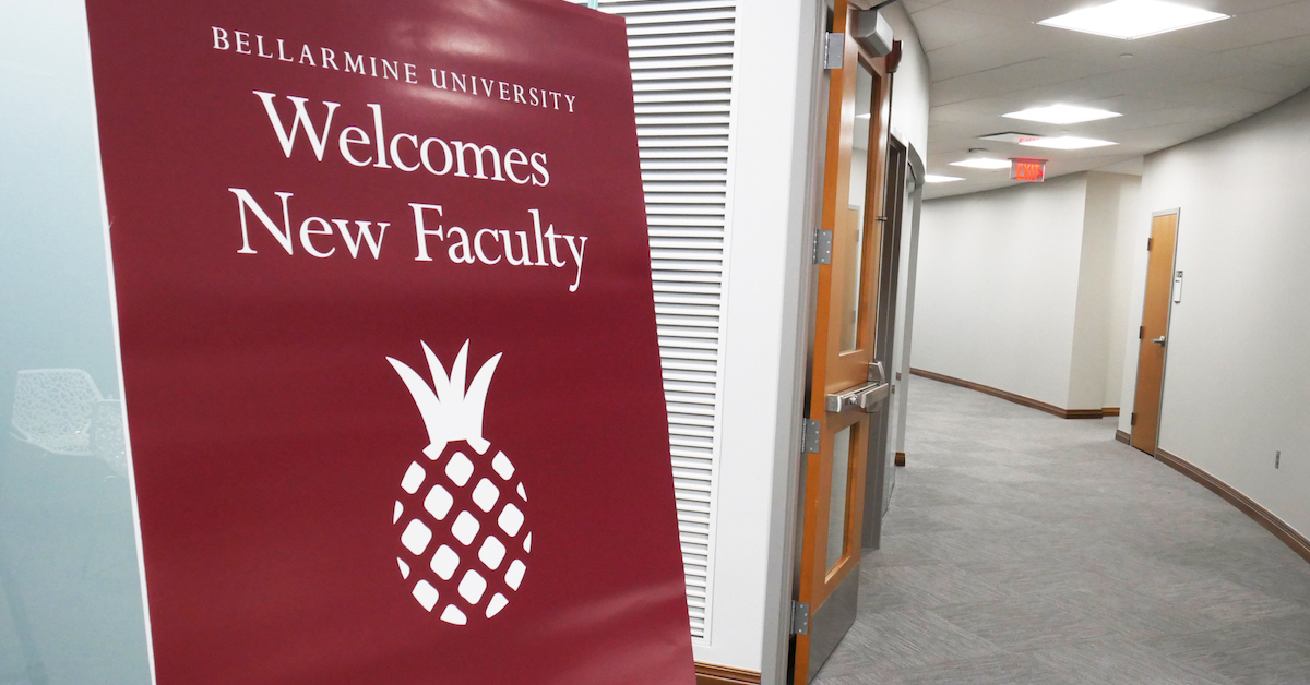 newfacultywelcomesign